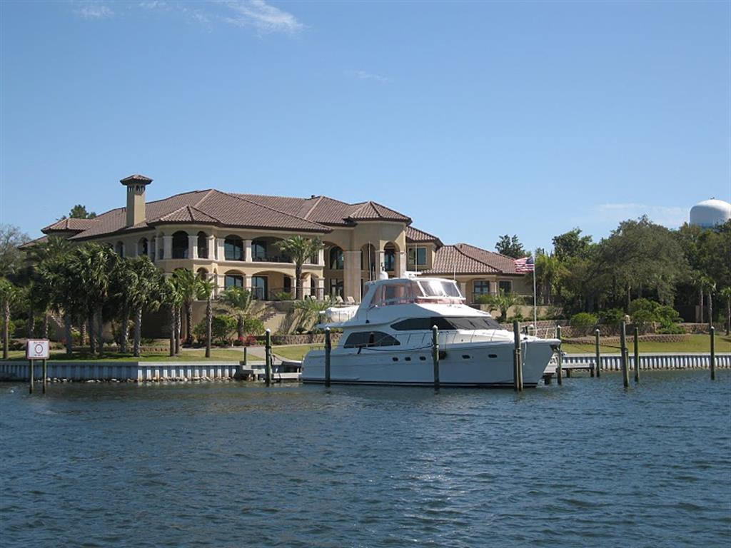 Waterfront Homes for Sale in Destin, FL